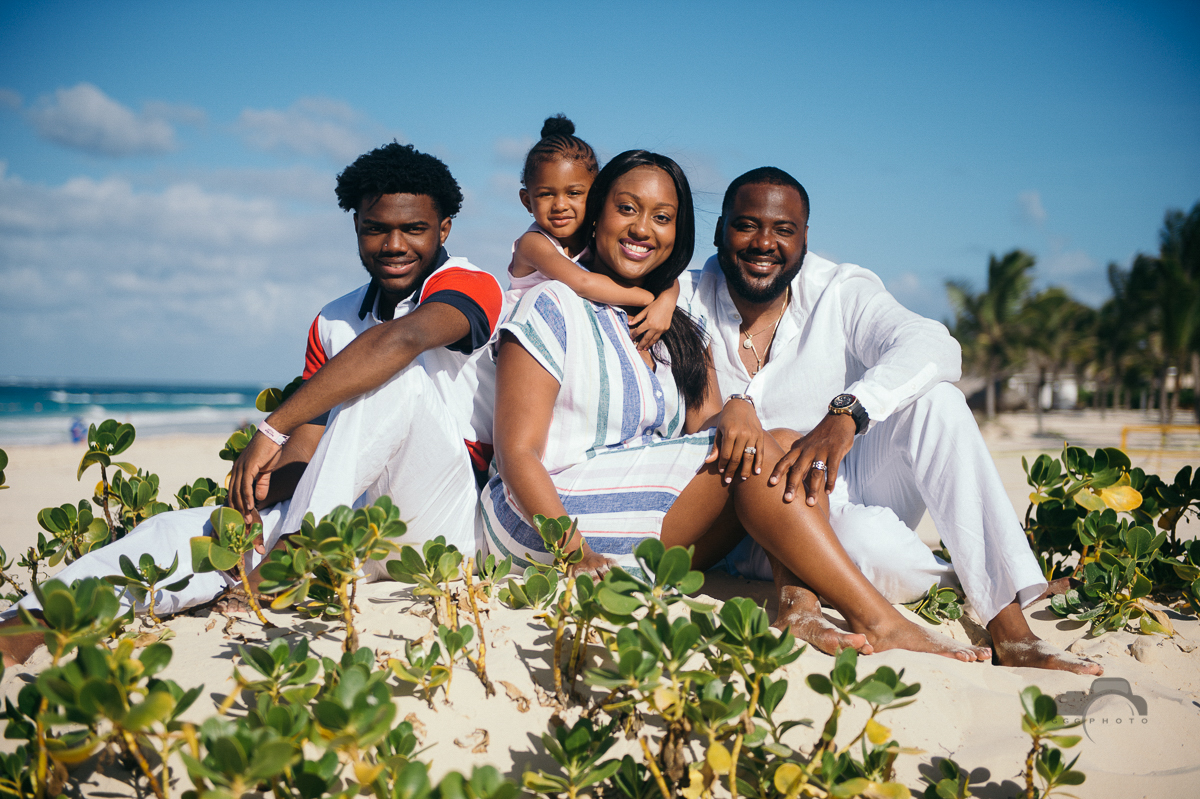 Family photo session Punta Cana